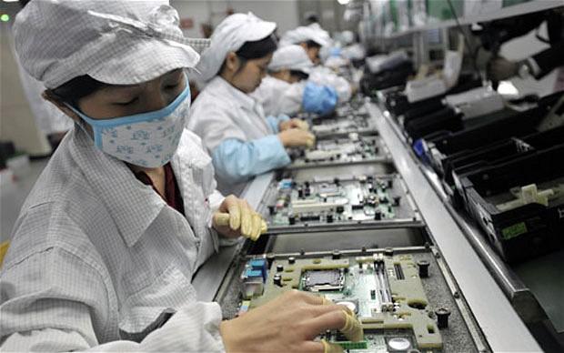 आइफोन उत्पादन चीनबाट बाहिर सार्न एप्पललाई फक्सकनको सुझाब