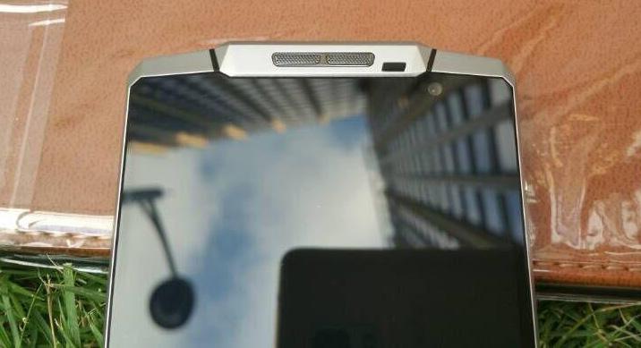शक्तिशाली ब्याट्रीसहितको ओकीटेलको फोन आउँदै, 'के१००००' स्मार्टफोनमा १० हजार एमएएच ब्याट्री