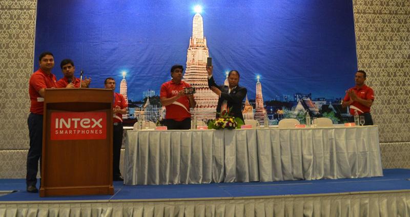 इन्टेक्सको 'एक्वा सेन्स ५.०' नेपाली बजारमा, थाइल्याण्डबाट नयाँ फोन भित्रिएको घोषणा