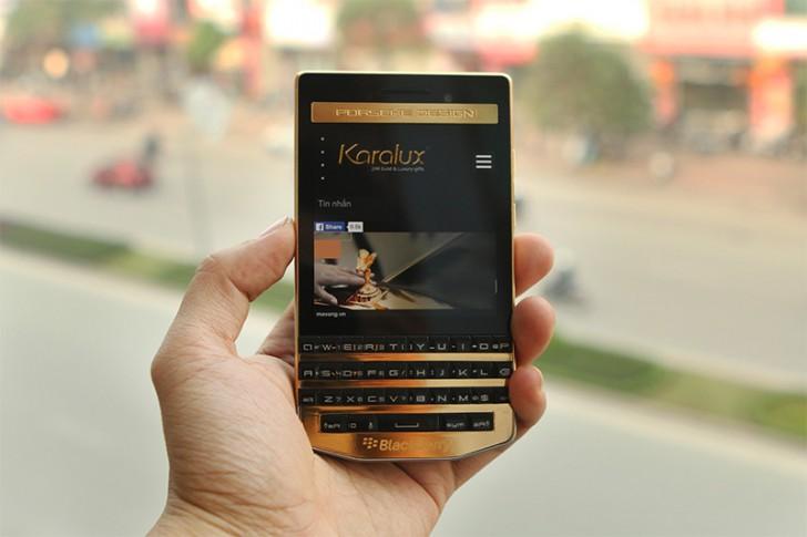 २ लाख ६१ हजार मूल्य भएको ब्ल्याकबेरीको स्मार्टफोन यस्तो छ