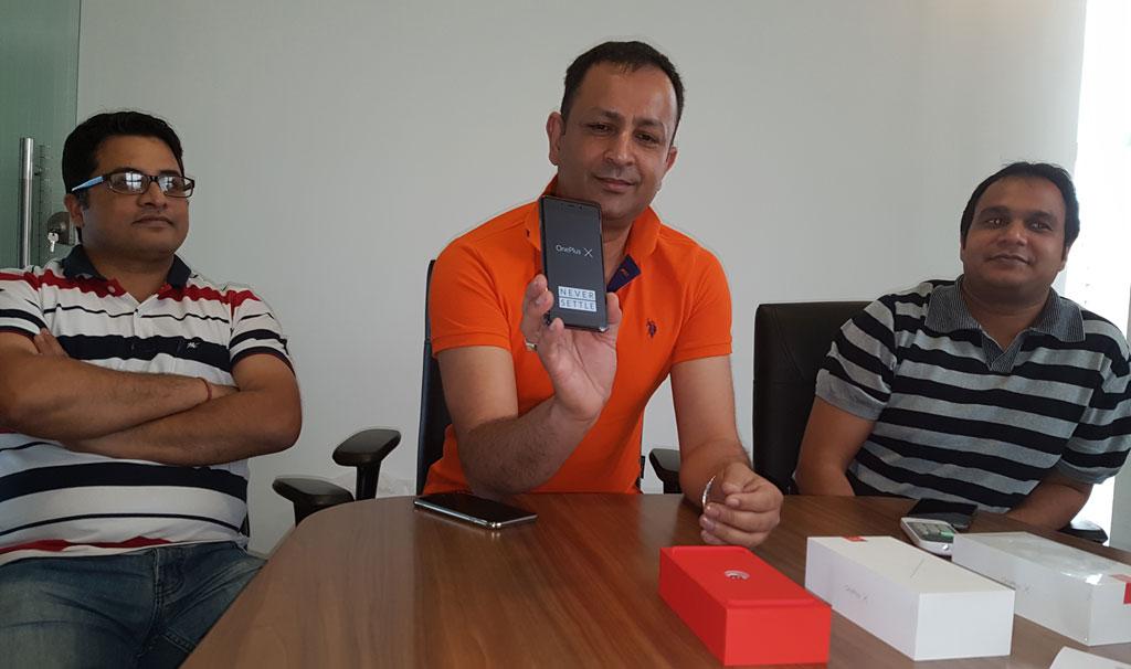 एक्सक्लूसिभ: वान प्लस ब्राण्ड नेपाल भित्रियो, वान प्लस एक्स स्मार्टफोनको बिक्री आईतवारदेखि