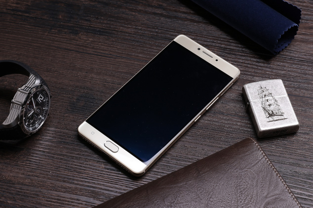 जियोनीको एमसिक्स र एमसिक्स प्लस स्मार्टफोन, एमसिक्स प्लसमा ६,०२० एमएएचको ब्याट्री