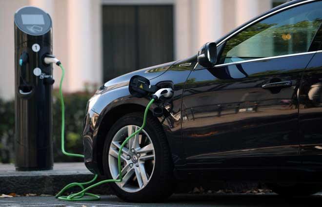 विद्युतिय सवारी चार्जिंग प्वाइन्ट पूर्वाधारका लागि बेलायतले ५३१ मिलियन डलर लगानी गर्ने