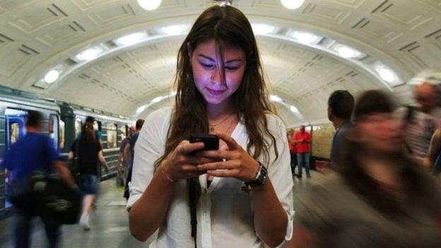 मोबाइल फोनमा गरिने टाइपिंग र कम्प्यूटर कीबोर्डमा गरिने टाइपिंगको गति करिब समानः अध्ययन