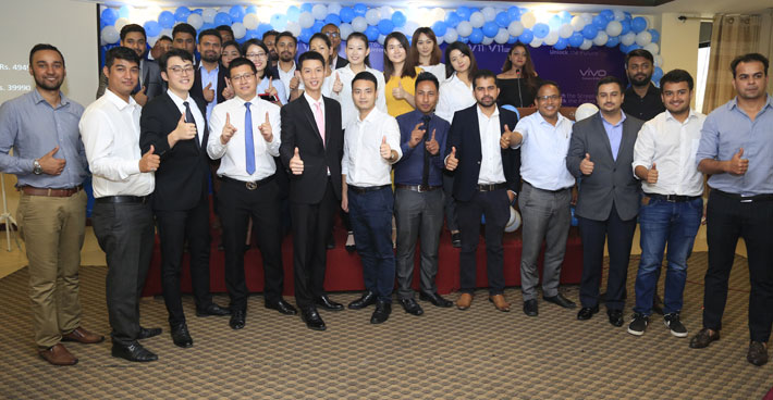 भीभो भी ११ प्रो नेपाली बजारमा सार्वजनिक