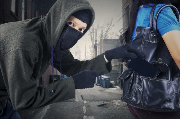 चोरीको मोबाइलसहित मोबाइल पसल सञ्चालक र संलग्न गिरोह पक्राउ