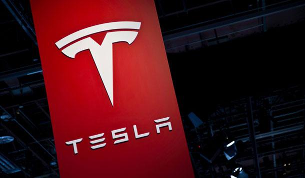 टेस्लाले चीनमा उत्पादित मोडल ३ इलेक्ट्रिक भेहिकल सार्वजनिक गर्यो