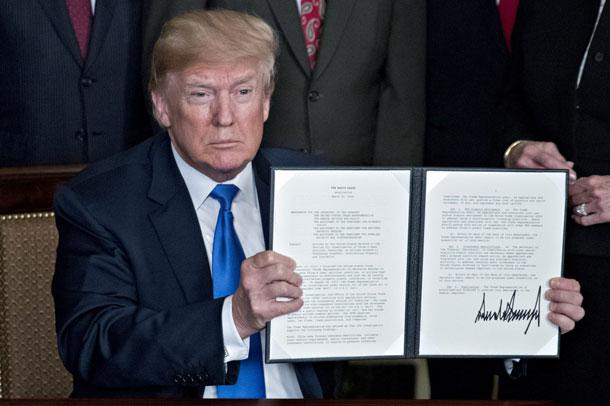अमेरिकामा विदेशी टेलिकम उपकरण प्रयोगमा रोक,राष्ट्रपति ट्रम्पद्धारा सङ्कटकाल घोषणा