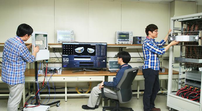 सामसंगद्धारा सिक्सजी टेलिकम्यूनिकेसन्स नेटवर्कको अनुसन्धान शुरु