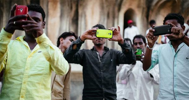 भारतमा मोबाइल फोन नम्बर अब ११ अंकको हुने, नियामक निकायले शुरु गर्यो छलफल