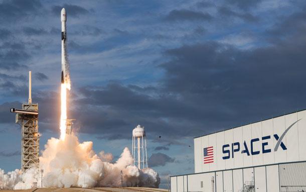 इन्टरनेटको लागि स्पेसएक्सले ३० हजार स्याटेलाइट थप गर्ने योजना, यसअघि नै १२ हजारको अनुमति