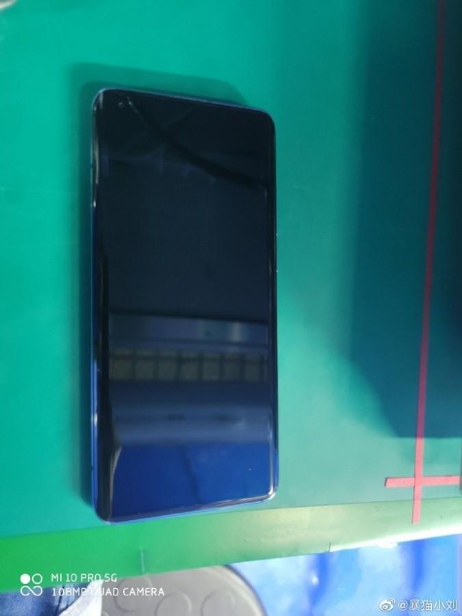 एमआई १० प्रो को लाइभ तस्विर लीक, स्मार्टफोनले ६५ वाटको फास्ट चार्जिङ सर्पोट गर्ने