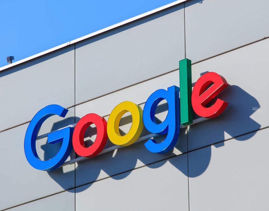 गूगलका कर्मचारीहरुले अर्को १ वर्षसम्म घरबाटै काम गर्न सक्ने