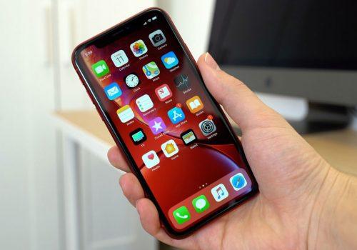 विश्वभर आईफोनमा भएका हजारौं एप्स 'डाउन', समस्याको एउटै कारण- फेसबुक !