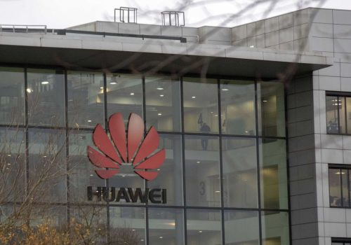 Huawei releases White Paper titled 'Banking Industry Rises Up to New Normal'