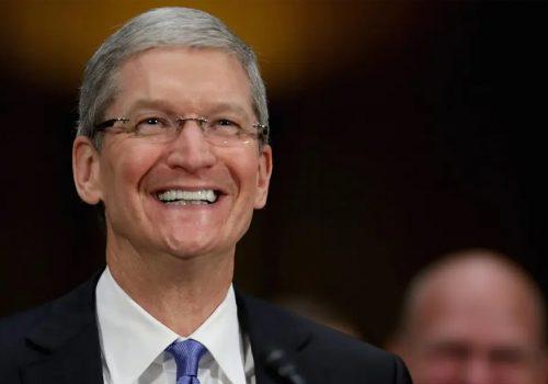 एप्पलद्धारा सन् २०११ पछि सिईओ टिम कुकलाई पहिलो स्टक प्याकेज अनुदान