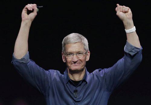 एप्पलका प्रमुख कार्यकारी अधिकृत टिम कुक डलर अर्बपति क्लबमा