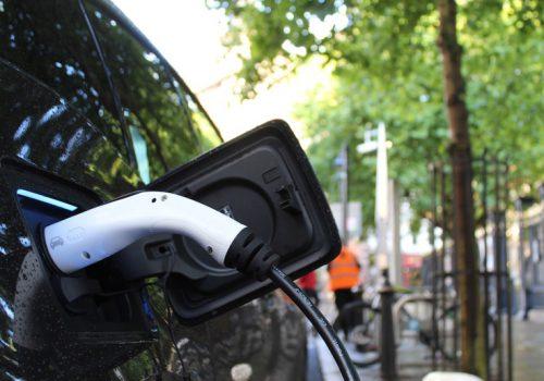 अमेरिकाका सरकारी सवारीसाधनहरु इलेक्ट्रिक सवारीबाट प्रतिस्थापन गरिने