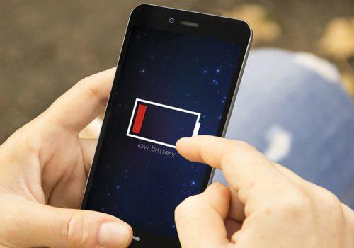 स्मार्टफोनको ब्याट्रीमा समस्या भोगिरहनु भएको छ, त्यसोभए अब यी सेटिङ्गहरू बन्द गर्नुहोस्