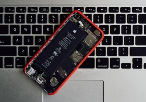 आईफोनहरुमा आईओएस १४.२ अपडेटपछि छिटो ब्याट्री सकिने समस्या