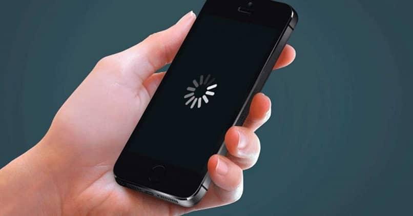 तपाईंको फोन पनि बारम्बार ह्यांग हुने वा ढिलो चल्छ, त्यसो भए यी सुझावहरूको पालना गर्नुहोस्