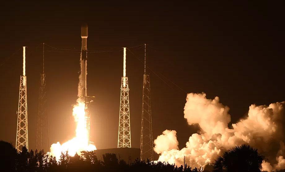 स्पेसएक्सको स्टारलिंक स्याटेलाइटहरूको नवीनतम ब्याच प्रक्षेपण, ६० वटा स्याटेलाइट अन्तरिक्षमा