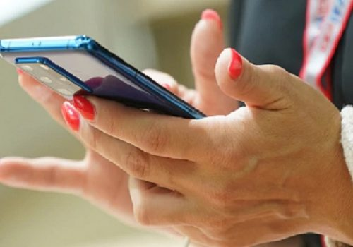 स्लो काम गर्दैछ तपाईंको स्मार्टफोनले, स्पीड बढाउन यी ३ तरिकाहरू फलो गर्नुहोस्