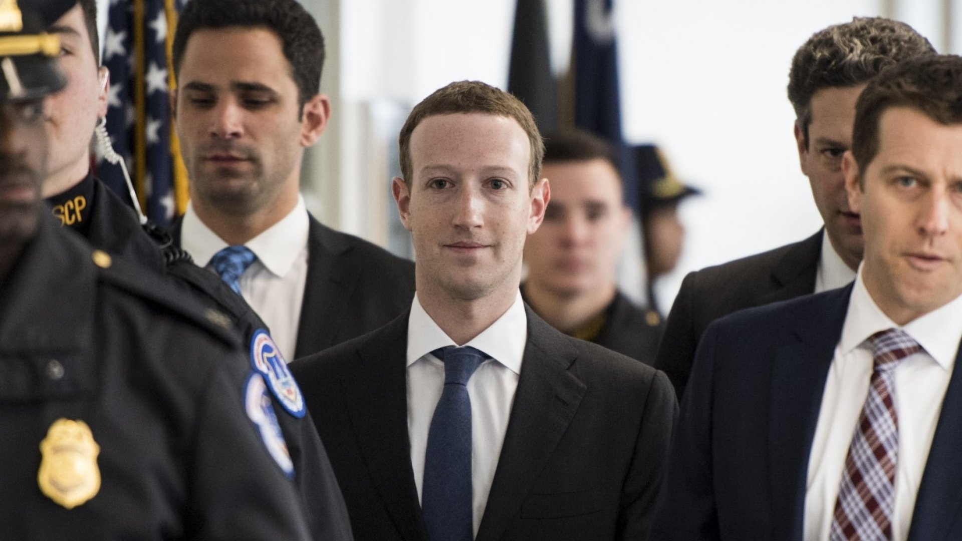 फेसबुकका सिईओ मार्क जुकरबर्गको सुरक्षाका लागि गत वर्ष २ अर्ब ७६ करोड रुपैयाँ खर्च