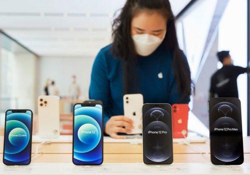 आईफोनको बिक्री बढेसँगै एप्पलको नाफा दोब्बरले वृद्धि