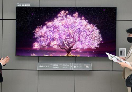 एलजी इलेक्ट्रोनिक्सद्वारा कोरियामा ८३ इन्चको ओएलईडी टीभी बिक्री शुरु