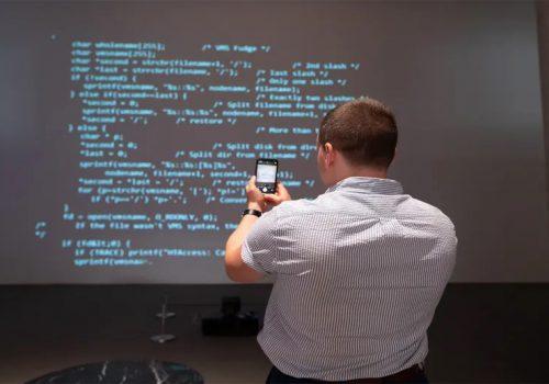सर टिम बर्नर्स ली को वेब सोर्स कोड एनएफटी साढे ६४ करोड रुपैयाँमा बिक्री