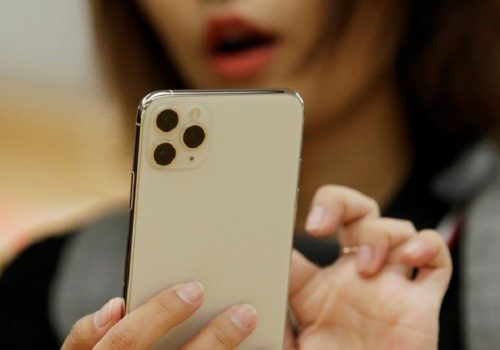 आईफोन डाटाको उपयोग गरी मानसिक स्वास्थ्य निगरानीमा अनुसन्धान गर्दै एप्पल