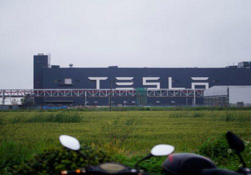 चिप अभावका बावजूद शांघाइमा रहेको टेस्ला फ्याक्ट्रीमार्फत् ३ लाख कार निर्माण गरिने